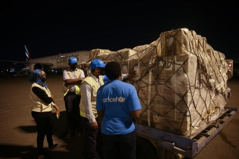 UNICEF Sudan's team inspects cargo containing syringes for the COVID-19 vaccines supplied by the COVAX Facility, on 3 March 2021.