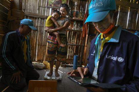 NSO and UNICEF team members visited communities in Mae Hong Son Province to collect data on their health, education and protection.