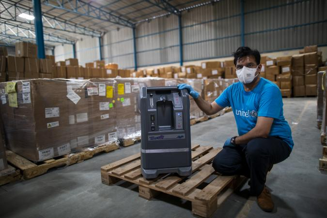 Oxygen Concentrators shipment at the warehouse with UNICEF staff