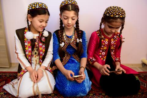 3 girls in traditional clothing