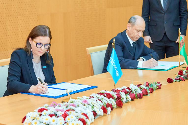 UNICEF and Turkmenistan sign a new plan to procure vaccines for the next five years