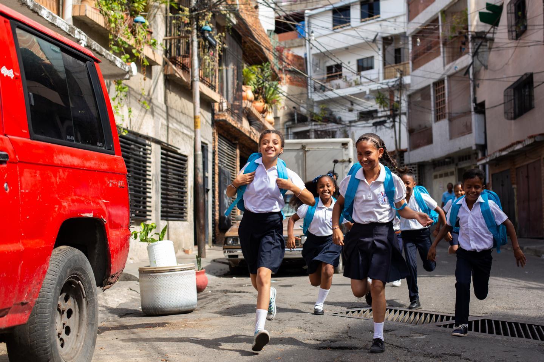 Resultado de imagen para unicef venezuela en las escuelas