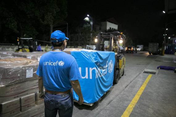 UNICEF has airlifted 10 tons of RUTF from Copenhagen's Supply Division which arrived in Ha Noi Noi Bai International Airport on 15 November