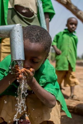 In Nigeria, around 69 million people do not have access to safe water. Many children spend hours every day walking to collect water, sometimes missing out on a chance to go to school.
